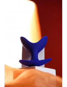 Боди c открытой грудью и интимным вырезом SoftLine Collection Orsola черное /ML/